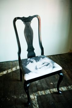 """""""sit on my face"""" chair!"""
