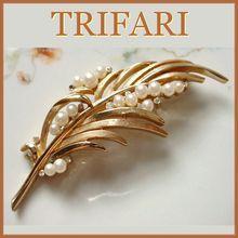 Vintage Crown Trifari Rhinestone Feather Brooch with Faux Pearls