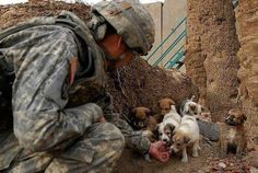 .touching moment...love our troops!!
