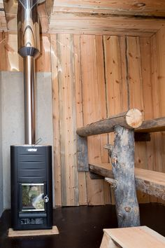 Scandinavian Saunas, Sauna House, Outdoor Sauna, River Lodge, Rocket Stoves, Welding Projects, House Rooms, Finland, Woodworking
