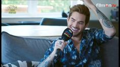 Adam Lambert's gorgeous smile! The Official Charts Show RT @mmyy9: My screencap pic.twitter.com/RMLevANoBR