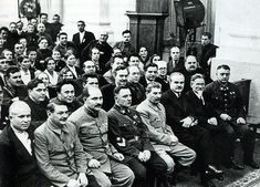 Russian Revolution 1917, Bolshevik Revolution, Joseph Stalin, Ww2 Pictures, Imperial Russia, Red Army, Modern History, Soviet Union, Ukraine