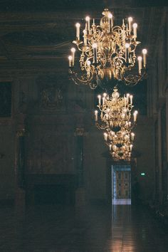 I've been telling my dad to make me a chandelier for so many years now. someday I will have one (: