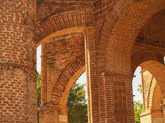 Tours por Chiapas. Descubre zonas arqueológicas, reservas naturales y pueblos mágicos. La Selva Lacandona, Palenque y Montebello te esperan...