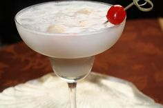 Coconut Lychee Daiquiri by Queen's Notebook...This sounds like Tropical Paradise in a glass!