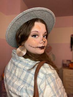 Carnival, Halloween Face Makeup, Skin Care, Beauty, Carnavals, Skincare Routine, Skins Uk, Skincare, Beauty Illustration