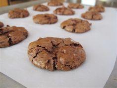 joeycake: flourless chocolate cookies