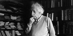 """Einstein: """"Csak egy őrültnek van szüksége a rendre, egy zseni uralja a káoszt. Best Model, Albert Einstein, Beautiful Creatures, Minden, Mark Twain, Steve Jobs, Mens Tops, Fictional Characters, Wild Flowers"""