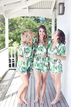 Tropical bridesmaids jumpsuits for getting ready. Credits in comment. Blue Bridesmaid Gowns, Bridesmaid Get Ready Outfit, Cute Bridesmaid Dresses, Bridesmaid Getting Ready, Bridesmaids And Groomsmen, Beach Wedding Bridesmaids, Wedding Destination, Hawaii Wedding, Boyfriends