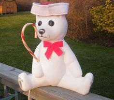 Vintage Christmas Blow Mold ~ Polar Bear w/ Candy Cane by Union (Not too vintage...1988)