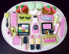 beauty day cookies~         By oh sugar, lipstick, nail polish, clippers, eyeshadow