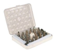 Fox Run 4395 Icing Decorating Set 32Piece >>> Learn more by visiting the image link.Note:It is affiliate link to Amazon.