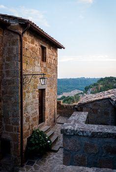 Domus Civita - Views from the exterior of a Civita di Bagnoregio residence