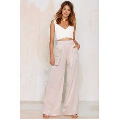 Nasty Gal Dramarama Wide Leg Pants (€34) ❤ liked on Polyvore featuring pants, pink, pleated wide leg pants, pink pants, wide-leg pants, back zipper pants and pleated trousers