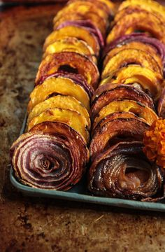Maple Thyme Roasted Delicata Squash and Red Onion - Heather Christo Savory Pumpkin Recipes, Veggie Recipes, Snack Recipes, Veggie Food, Gluten Free Thanksgiving, Just Eat It, Dairy Free Recipes, Serving Platters, Squash