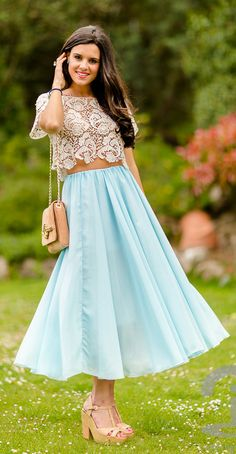blue maxi skirt... need the shoes and skirt because i have a very similar top!