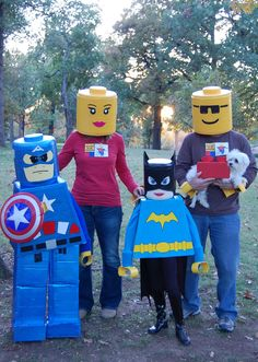 Lego family....so doing this for the alderman clan this year!  yeah!  lego land for trunk or treat!  now...to just figure out how to get this made