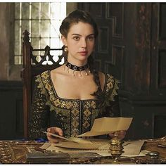 New work from #Reign. I love this vintage trim we scored from @etsy and the custom choker from @amariecostumes