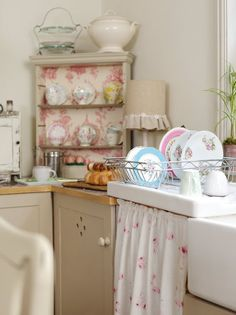 lovely plates drying in a lovely dish rack