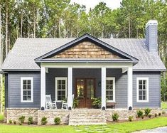 Pack 10 ideas of Detached Garage plans most popular in PDF House Siding, House Paint Exterior, Exterior House Colors, Outside House Paint Colors, Farmhouse Exterior Colors, Front Porch Addition, Front Porch Design, Front Porches, Ranch Exterior