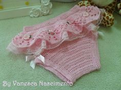 Pink by Renaixcrochet Crochet Bebe, Crochet For Boys, Knitting For Kids, Sewing For Kids, Baby Knitting, Baby Cardigan, Baby Pullover, Sweater Hat, Newborn Crochet Patterns
