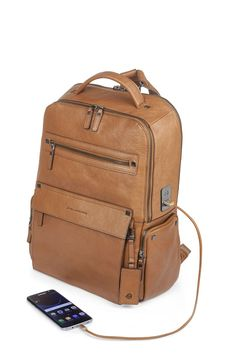Buy TucciPolo high quality leather bags made with durable leather for your comfort. Our bags comprises of leather briefcases, leather messenger bags, travel bags, handbags and leather backpacks for travelling and hiking. Trendy Backpacks, Men's Backpacks, Leather Backpacks, Leather Handbags, Leather Wallet, Mochila Adidas, Types Of Handbags, Back Bag, Unique Bags