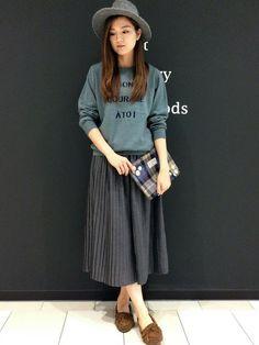 LBC topicsポンテポルタ千住店|mayumiさんのスカート「ウール混プリーツスカート                  」(LBC|エルビーシー)を使ったコーディネートです。