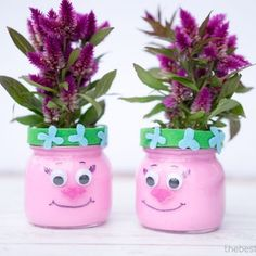 Make these adorable Trolls Mason Jars for a Trolls-themed party or for a kids room! This is a fun Trolls party idea craft to do with kids! Mason Jar Plants, Plants In Jars, Trolls Birthday Party, Troll Party, 3rd Birthday, Paper Crafts For Kids, Crafts To Do, Jar Crafts, Craft Stick Crafts