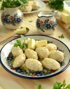 Kluski wołyńskie Magic Recipe, Polish Recipes, Dumplings, Pasta Dishes, Side Dishes, Appetizers, Food And Drink, Cooking Recipes, Lunch