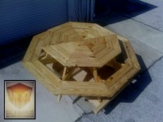 Pallet Octagon Table: step by step #Outdoor, #Pallets, #Table