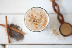 Cinnamon Tahini Protein Smoothie // nutritionstripped.com #vegan #protein #smoothie #breakfast #glutenfree #tahini Protein Smoothies, Smoothie Proteine, Raspberry Smoothie, Diabetic Smoothies, Protein Recipes, Vegan Protein, Healthy Recipes, Hummus, Tahini Recipe