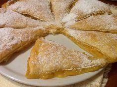 Torta sfoglia con crema di arance amare e mele