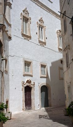 Martina Franca- Centre historique Puglia, Italy - how many times did the four of us get lost in these streets!