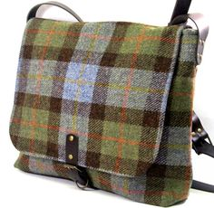 Plaid tweed laptop bag