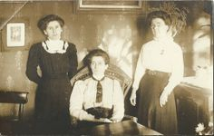 How hard it must have been for Jo to return to the claustrophobic atmosphere of the sisters spinsterly lives, ruled by the Victorian values of Church, chastity and obedience. Left to right, Maggie (one of triplets but the only one to survive), Lois (the eldest and ruler of the roost) and Bea (Beatrice).