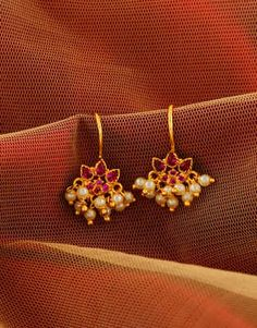 Public and products liability for handmade jewellery Indian Jewelry Earrings, Jewelry Design Earrings, Gold Earrings Designs, Gold Jewellery Design, Ear Jewelry, Gold Jewelry, Gold Jhumka Earrings, Ruby Jewelry, Antique Earrings