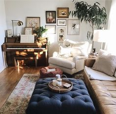 Cosy living room small, cozy living, small living, bright living room d Cosy Living Room Small, Bright Living Room Decor, Comfortable Living Rooms, Elegant Living Room, Home Living Room, Apartment Living, Living Room Designs, Apartment Goals, Living Room Decor With Piano