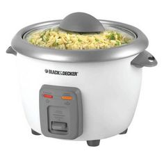 Learn how to make Puerto Rican arroz con gandules recipe in a rice cooker! This traditional Puerto Rican food, rice with pigeon peas takes a modern twist. Small Kitchen Appliances, Kitchen Gadgets, Cooking Gadgets, Kitchen Tools, Kitchen Small, Kitchen Items, Black Decker Rice Cooker, Best Rice Cooker, Cooking Bowl