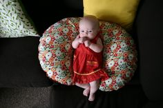 Grosgrain: No Pattern 'Quick and Dirty' Boppy Cover sewing Tutorial