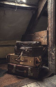 You never know what secrets lurk in the baggage of the people who left it there… Vintage Suitcases, Vintage Luggage, Vintage Travel, Vintage Market, Steamer Trunk, Brown Aesthetic, Chor, Abandoned Places, Aesthetic Pictures