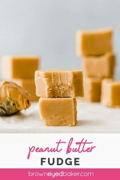 Squares of peanut butter fudge in stacks on a marble slab. This easy, creamy peanut butter fudge recipe is the BEST! Only 4 ingredients and 10 minutes of prep time; perfect for the busy holiday season. Peanut Butter Recipes, Creamy Peanut Butter, Fudge Recipes, Candy Recipes, Dessert Recipes, Desserts, Best Peanut Butter Fudge, Holiday Recipes, Holiday Snacks