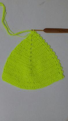Base do bojo finalizada Love Crochet, Crochet Baby, Knit Crochet, Crochet Stitches, Crochet Patterns, Crochet Lingerie, Crochet Bikini Top, Crochet Purses, Crochet Clothes