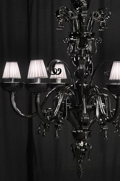 The King  http://www.andromedamurano.it/ #chandelier #muranochandelier #venice #italy #glass #design #interiordesign #lighting