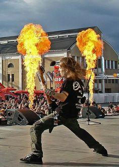 Children of Bodom Alexi Laiho, Children Of Bodom, Esp Guitars, Power Metal, Guitar Solo, Metal Stars, Heavy Metal Bands, Wild Child, Metalhead