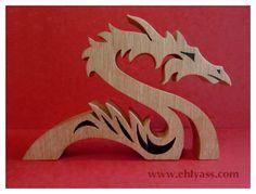 Dragon stylisé en bois massif (chantournage)