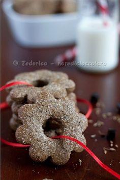Biscotti alla liquirizia con farina di kamut