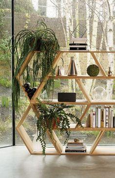 Wabenregal + Fensterfront