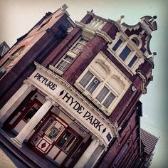 Hyde Park Picture House in Leeds
