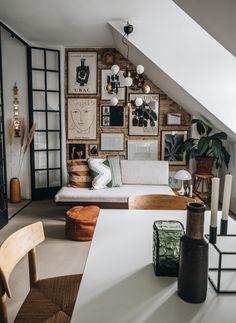 Vores nye billedvæg - Something New & Something old - Copenhagen Wilderness Wall Decor Design, Home Wall Decor, Wall Art Designs, Diy Design, Interior Design, Design Ideas, Something New, Living Room Kitchen, Copenhagen