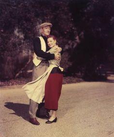 1952: Maureen O'Hara and John Wayne, on the set of John Ford's 'The Quiet Man'